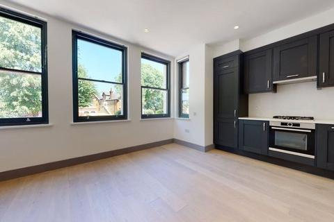 2 bedroom flat to rent - Carlton Road, London, W5