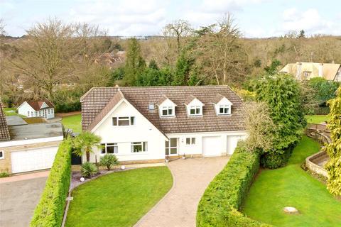 5 bedroom detached house for sale - Lady Winefrides Walk, Great Billing, Northamptonshire, NN3