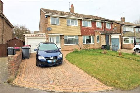 3 bedroom semi-detached house to rent - Osprey Road, Aston, Sheffield, Rotherham, S26 2GH
