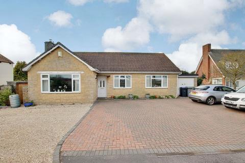 3 bedroom detached bungalow for sale - Southwick Road, Trowbridge