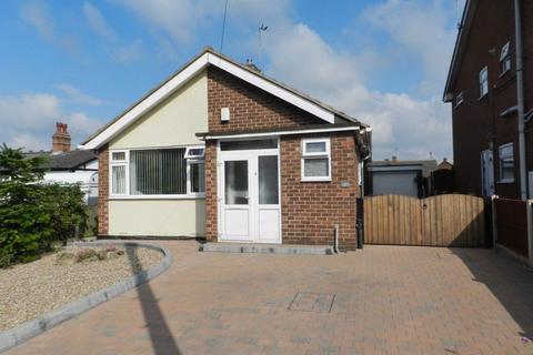 2 bedroom bungalow to rent - Oakland Avenue, Long Eaton, NG10 3JL