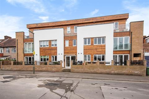 2 bedroom penthouse for sale - Rosedale Road, Epsom