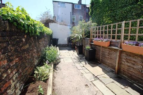 2 bedroom terraced house to rent - Prestbury Road, Macclesfield (26)