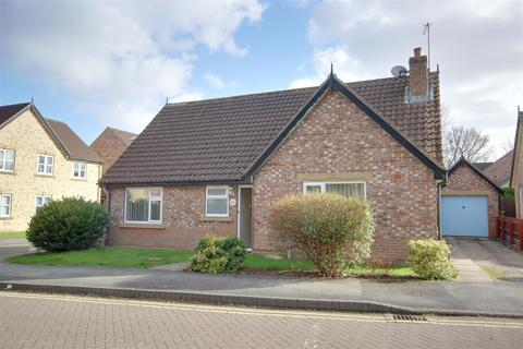2 bedroom detached bungalow for sale - John Gray Court, Willerby, Hull