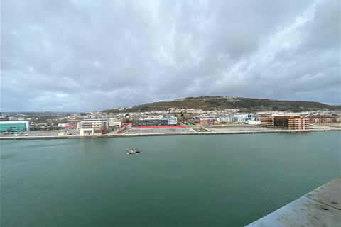 2 bedroom apartment for sale - South Quay, Kings Road, Marina, Swansea