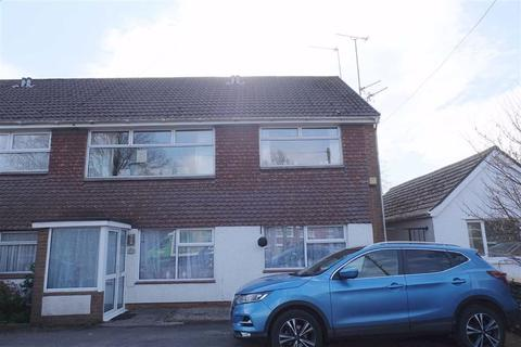 2 bedroom flat for sale - Broad Close, Barry, Vale Of Gamorgan