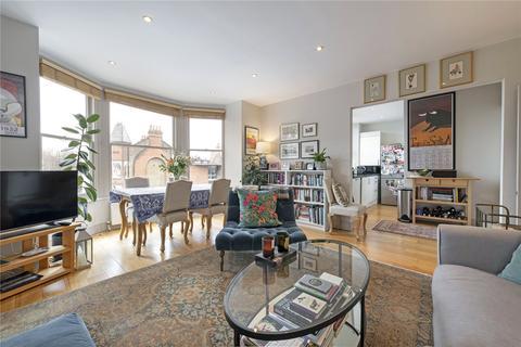 2 bedroom flat for sale - Cavendish Road, London, SW12