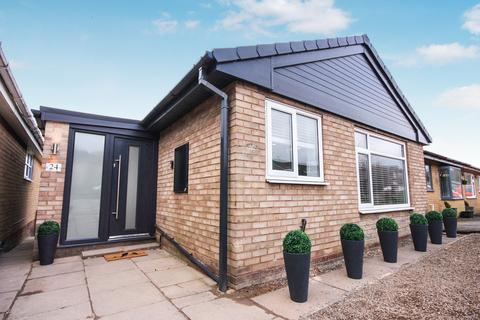 2 bedroom detached bungalow for sale - Capricorn Way, Stoke-on-Trent