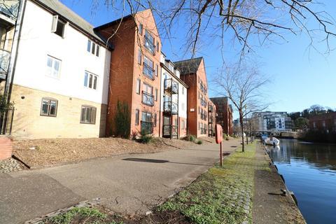 2 bedroom flat to rent - East Bank, Norwich