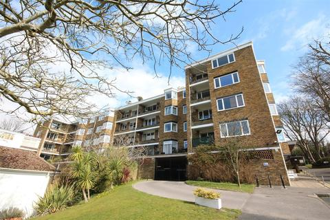 2 bedroom flat to rent - Highdown Court, Varndean Drive, Brighton