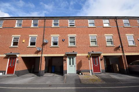 3 bedroom townhouse to rent - Auriga Court, Chester Green, Derby, DE1