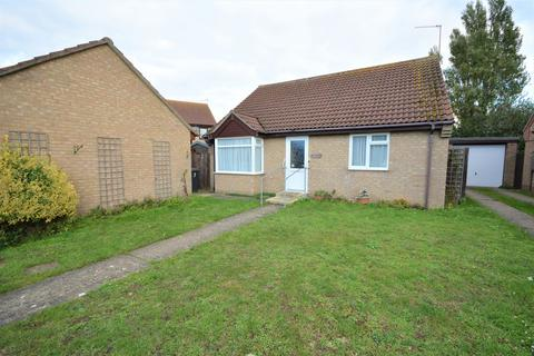 3 bedroom detached bungalow for sale - Planters Grove, Oulton Broad South