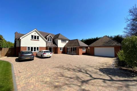5 bedroom detached house for sale - Windmill Lane, Avon Castle, Ringwood