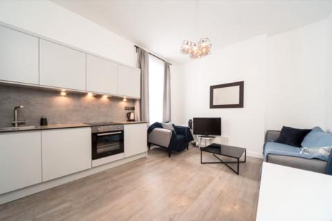 1 bedroom flat to rent - Market Studios, Goldhawk Road, London, W12