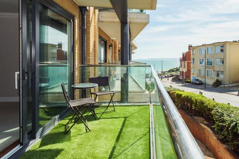 2 bedroom flat for sale - The Point, Marina Close,, Bournemouth BH5