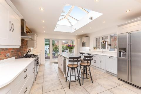 4 bedroom terraced house for sale - Hunters Mead, The Street, Albourne, Hassocks, BN6