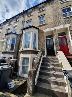 2 bedroom flat to rent - London N4