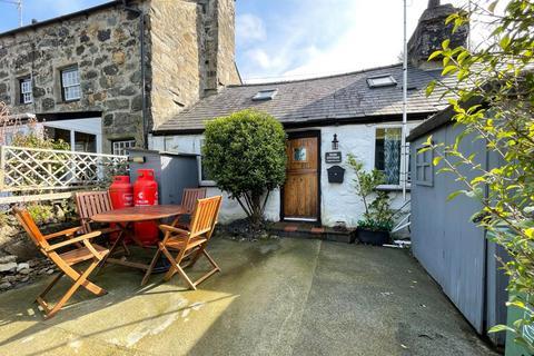 Bungalow for sale - Gyrn Goch, Caernarfon, Gwynedd, LL54