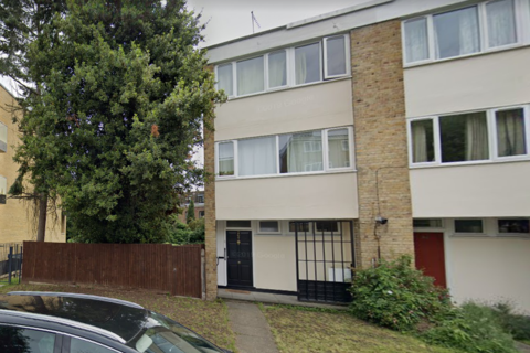 1 bedroom in a house share to rent - Hayward Gardens, Putney, SW15