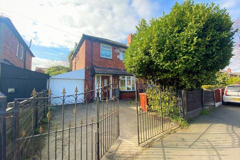 3 bedroom semi-detached house for sale - Mount Road, Levenshulme, Manchester, M19