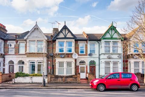 2 bedroom flat to rent - Brewster Road, Leyton, E10