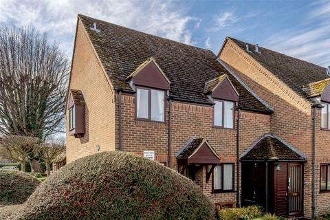 2 bedroom apartment for sale - Medway House, The Maltings, Station Road, Oundle, PE8