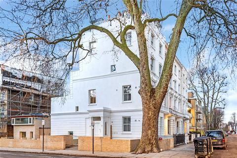 Studio to rent - Tavistock Road, London, W11
