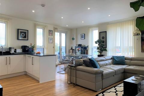 2 bedroom property for sale - Hatton Road, London