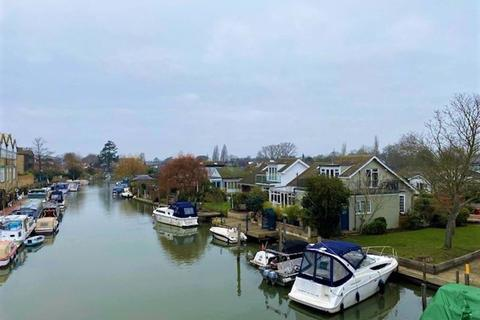 1 bedroom house to rent - The Island, Thames Ditton