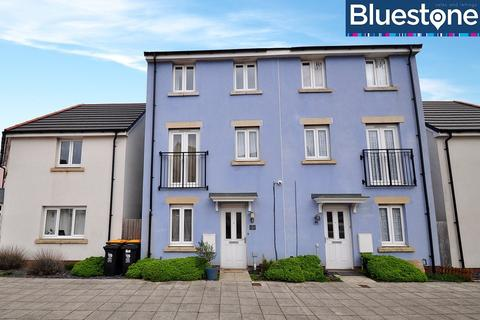 4 bedroom townhouse for sale - Bessemer Drive, Newport