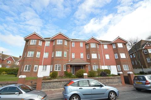 2 bedroom flat for sale - Selwyn Road, Eastbourne