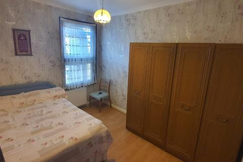 1 bedroom flat to rent - Hoe Street, London, E17