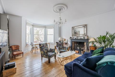 2 bedroom flat for sale - THE CHASE, SW4