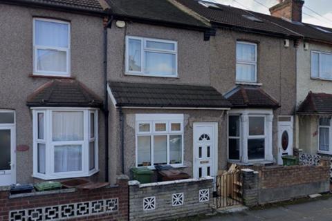 3 bedroom terraced house to rent - Gordon Road IG11