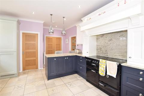 4 bedroom detached house for sale - The Street, Smarden, Ashford, Kent