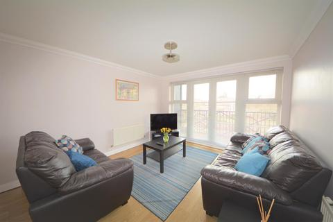 2 bedroom flat to rent - Briar Close, East Finchley, London