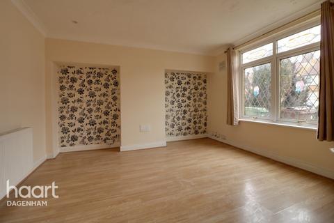 3 bedroom terraced house for sale - Rogers Road, Dagenham