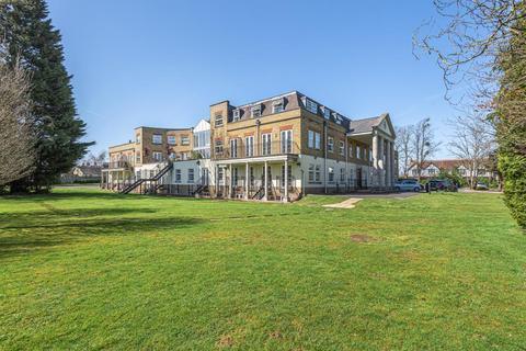 2 bedroom apartment to rent - Windsor,  Berkshire,  SL4