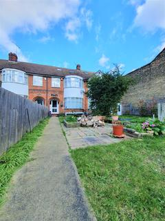 5 bedroom townhouse to rent - Zvinnia, Stanmore Road N15
