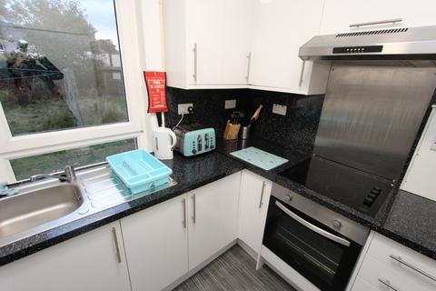 2 bedroom flat to rent - Stevenson Drive, Stenhouse, Edinburgh, EH11 3HJ