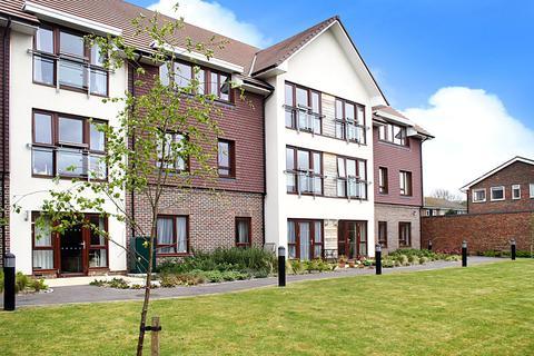 2 bedroom apartment for sale - Station Road, Rustington, Littlehampton