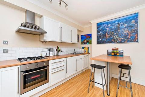 1 bedroom flat to rent - Fulham Palace Road, London, W6