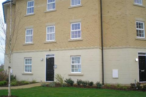 2 bedroom flat to rent - Elmhurst Way, Shilton Park, Carterton, Oxon, OX18 1GQ