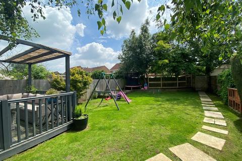 4 bedroom cottage for sale - Wyke Road, Gillingham