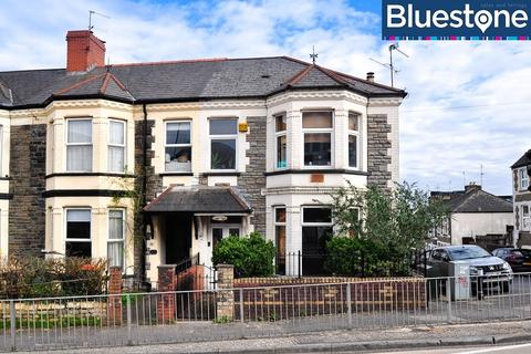 4 bedroom end of terrace house for sale - Queen's Hill, Newport