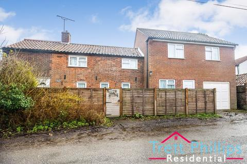 5 bedroom character property for sale - School Road, East Ruston