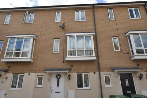 3 bedroom terraced house for sale - Harn Road, Hampton Centre, Peterborough
