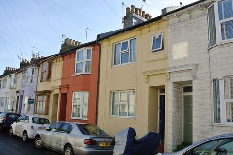 4 bedroom house to rent - Park Crescent Road, Brighton, BN2 3HS.