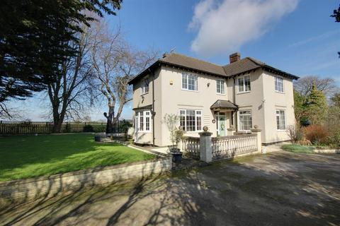 3 bedroom detached house for sale - The Mill House, Beverley Road, Skidby
