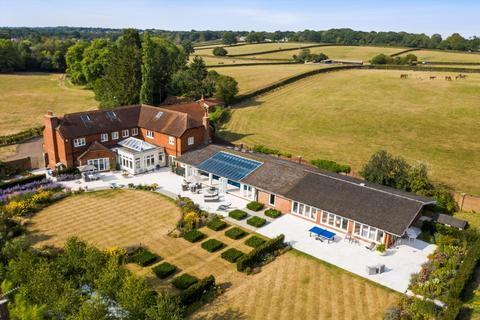 5 bedroom detached house for sale - Farm Lane, Ashtead, Surrey, KT21